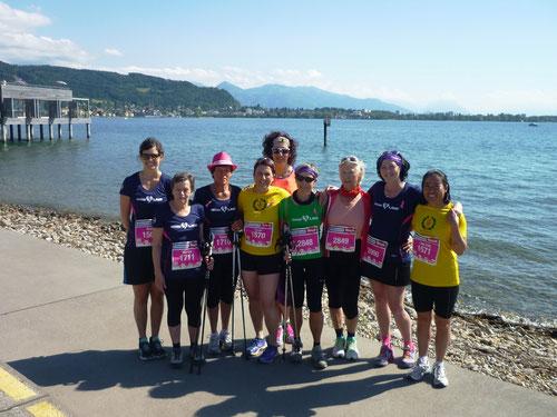 Start am Kaiserstrand zum 5 km Frauenlauf - auf dem Bild: Ruth, Martha, Conny, Karin, Annette, Doryt, Maria, Astrid, Ling Ling