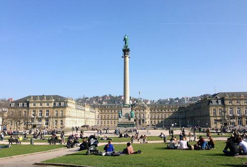 am wundervollen Stuttgarter Schlossplatz