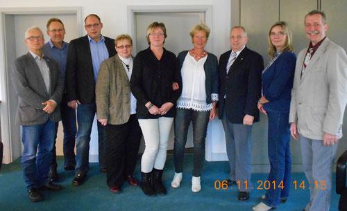v.l.n.r : Dr. Broschewitz, N.Reich,H. Bohnsack,C. Rabe, A. Schönherr. U.Olhöft., Minister Dr. Till Backhaus, D.Samulewitsch, W.Voß