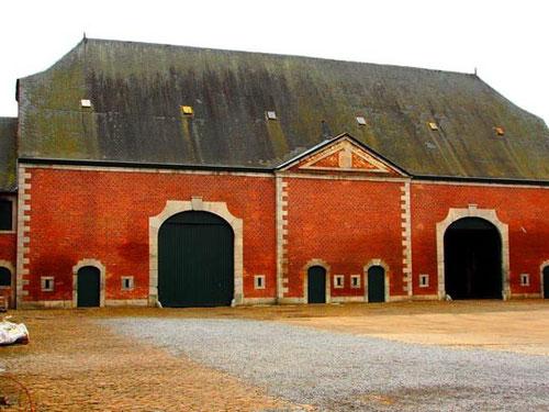 viele historische bieten sich zur Besichtigung an - unglaublich schön dieses harmonische Lager-Gebäude