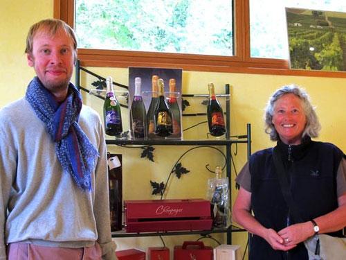 der Junior-Chef der Champagner-Marke Odile, erklärte uns seine Kostbarkeiten
