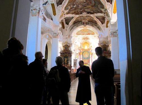 Kirchenführung im Kloster Beuron