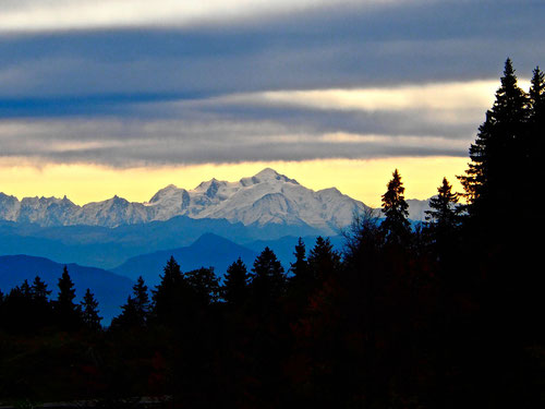 der mächtige Mont Blanc - frei und ohne Wolken