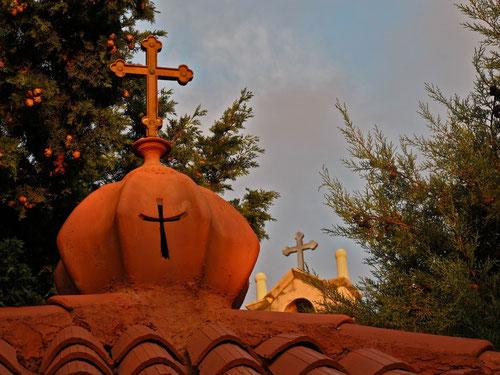 das Abendlicht über dem Kloster