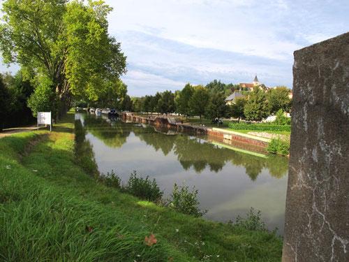 der Canal du Nivernais bei Augy