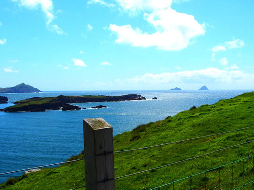 Panoramablick in der Dungarvanbay - rechts Skelling St. Michael