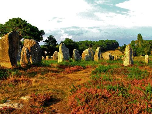 die Steinreihen von Carnac über 3 km lang
