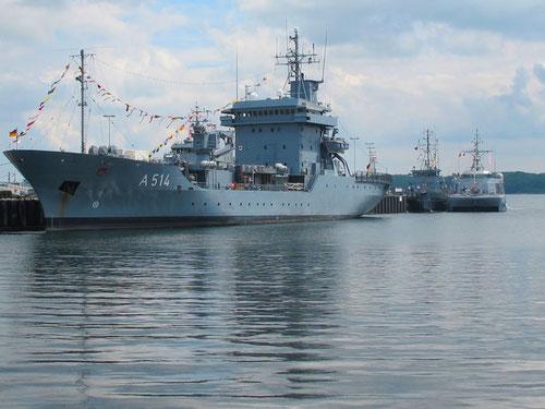 Begleitschiff A 514 wieder im Heimat-Hafen