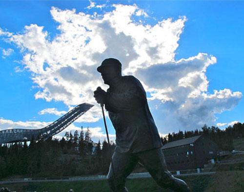 der ewige Langläufer am Holmenkollen