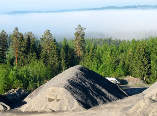 im Tal hielt sich noch ein Nebelband - ein toller Stellplatz