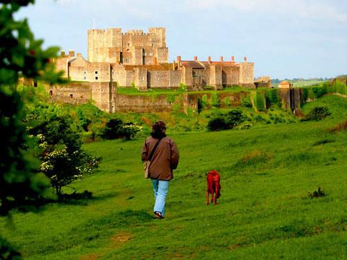 auf dem Weg zum Dover-Castle gleich hinter unserem Stellplatz