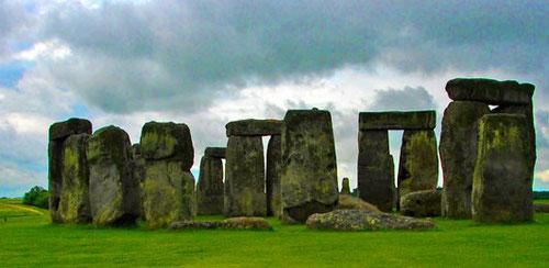 der Steinkreis von Stonehenge, mystisch und voll von Legenden