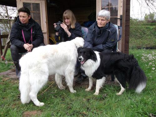 Evi, Nicole, Iréne, Jannik und Dschinn