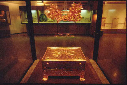 Der Goldene Larnax