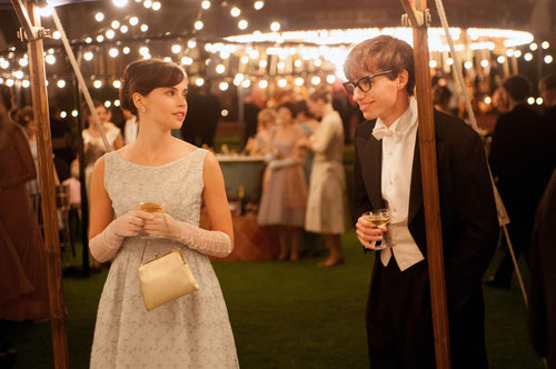 Felicity Jones et Eddie Redmayne jouent le couple Jane et Stephen Hawking (©UPI).