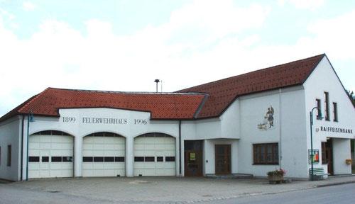 Feuerwehrhaus der Freiwilligen Feuerwehr Zwingendorf