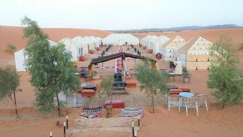 宿泊予定のテント(トイレ、シャワー付き)