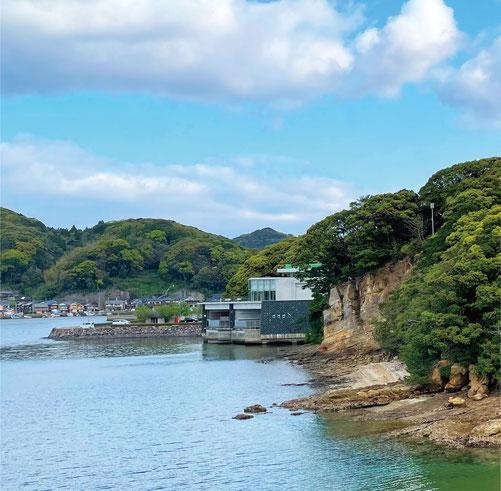 玄海国定公園・仮屋湾に浮かぶ三島にたたずむ【玄海海上温泉パレア】