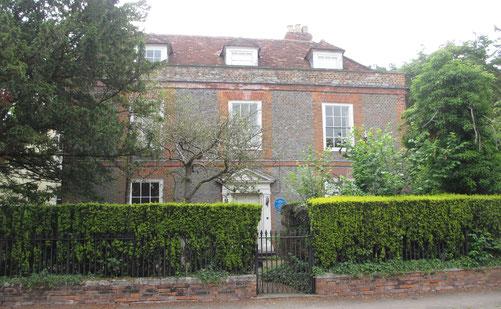 アガサ・クリスティの終の棲家、ウォリングフォードのウィンターブルックハウス