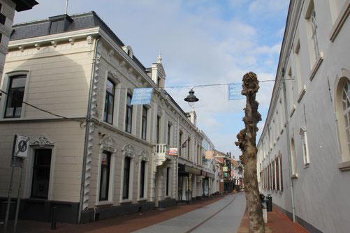 Herenhuis Maasstraat 28 Weert, gemeentelijk monument