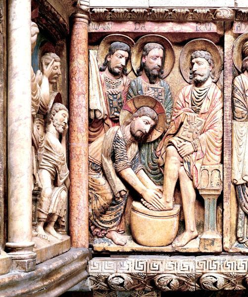 """Anselmo da Campione, """"Gesù lava i piedi agli apostoli"""", 1200-1225 (Duomo di Modena)"""