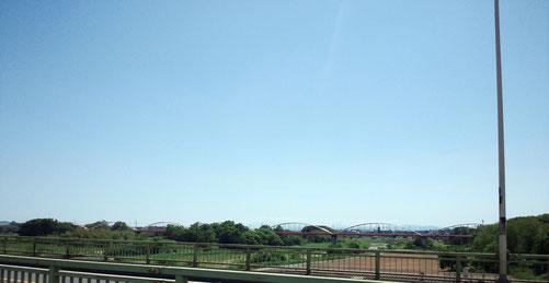 八瀬大橋から富士山を望んでいる・・・はずです・・・