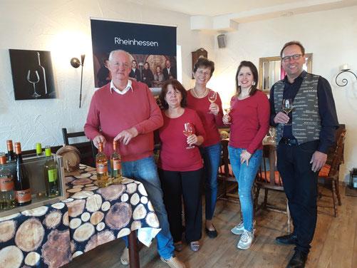 Gerd's neues Cuvée - Weinstuben-Team  mit Winzer Ralf Erbeldinger