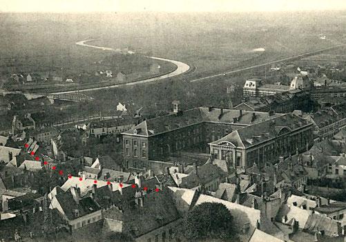 Vue d'une partie de la rue du Quevroy et vue de la rue des Gaillers (en pointillés rouges), vers 1907
