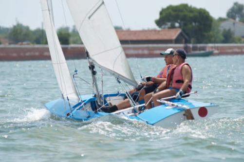 Enrico Taiana e Ovidiu Gavrilluc in azione su ITA7444 Melville alla Velalonga di Venezia 2017
