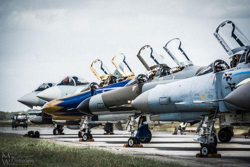 Wachablösung - Die F-4F geht in Rente, der Nachfolger Eurofighter übernimmt die Aufgaben der alten Lady