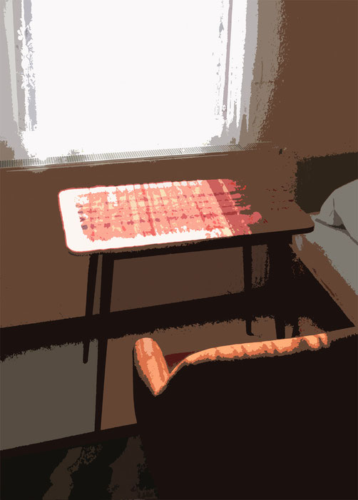 Bett,Tisch, Stuhl