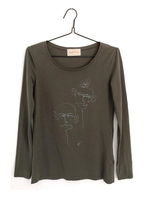 """Dieses T-Shirt ist ein Unikat aus Baumwolle und besticht durch die handgefertigte Zeichnung """" Dynamischer Punkt"""" auf der Vorderseite. Größe: S, M"""
