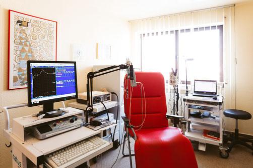 Untersuchungsraum mit EEG/EMG/EP etc.