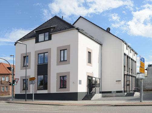 Außenansicht der Paxis Physio Rieger in der Leipziger Straße 61 in 06766 Bitterfeld-Wolfen