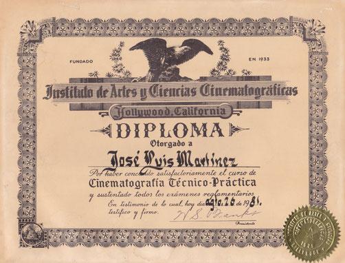 "DIPLOMA EN ""CINEMATOGRAFIA"""
