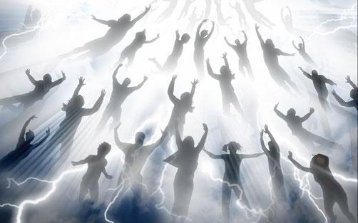 Certains chrétiens croient en l'enlèvement de l'église et croient que tous les chrétiens seront rois et prêtres, donc des centaines de millions de rois, prêtres, juges pour diriger la Terre ! sans organisation précise et définie à l'avance!