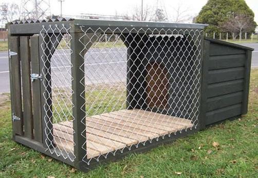 Будка для собак с утеплением деревянная с вольером