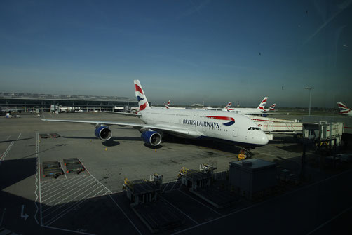 British Airways Flugzeug in Heathrow