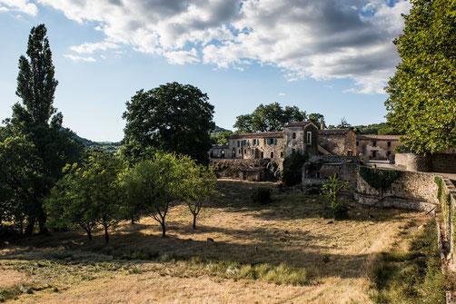 Prieuré Saint Micel de Grandmont ...Photo - Chris Spiesser -