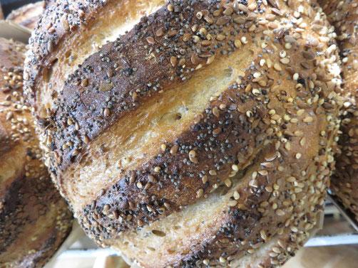 Pain aux graines Boulangerie ROLFO NIce