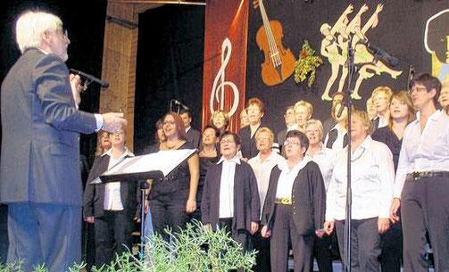 """Chorkonzert """"Spiel mir eine Melodie"""" - 2013 * Leitung: Norbert Kraus"""