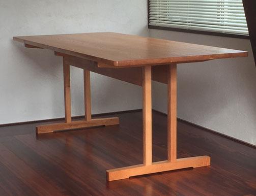 ダイニングテーブル(シェーカータイプ)天板サイズ180x80cm (ケンポナシ材・植物性オイル塗装) 参考価格280,000,-円(税別)