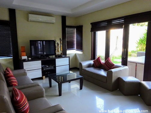 Taman Griya house for sale with 6 bedrooms. Located between Jimbaran and Nusa Dua