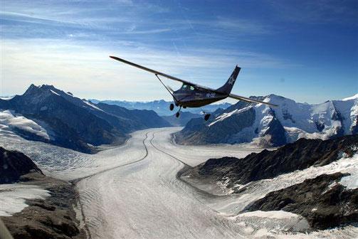 Matterhorn Rundflug Flugzeug ab Luzern