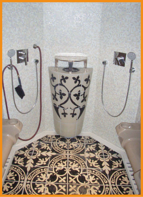 Rasul, Hotel Splendid, Montenegro; Produktion Beate Seckauer, Neuzeughammer Keramik OG