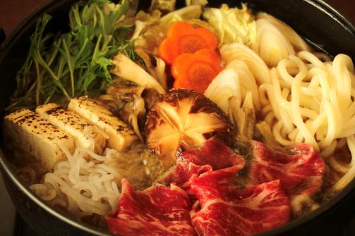 伊豆牛すき焼きリーズナブルに満腹お食事プラン