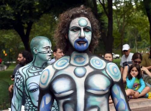 Nel panorama artistico contemporaneo  è  pratica oramai comune  che il  corpo diventi esso stesso opera d'arte