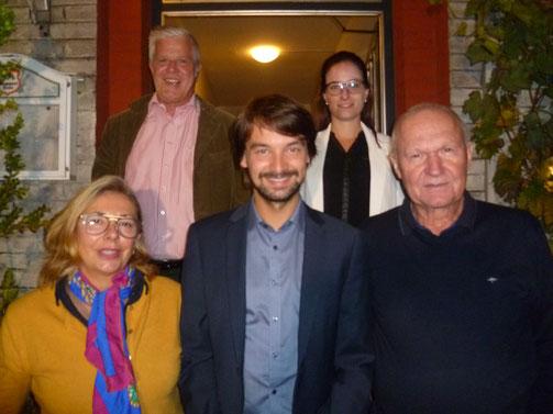 Von links nach rechts: Veronika Niklaus (stv. Vorsitzende), Stephan Fischer (Schatzmeister), Manuel Werthner (Vorsitzender), Susanne Ritz (Schriftführerin), Dr. Eberhard Meier (stv. Vorsitzender)
