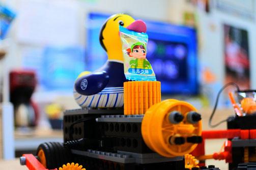 大分のロボット教室スタディPCネット大分高城校で、ロボットのパン喰い競争やります!
