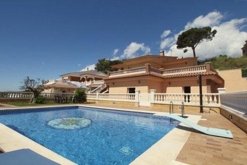 Location villa Lloret de Mar Costa Brava avec piscine privée clôturée